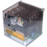 Boîte de contrôle, circuit imprimé et fusible